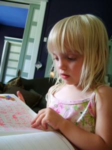 Schreib- und Leseschwächen bei Kindern können die unterschiedlichsten Gründe haben.Foto (c) Horton Group, sxc.hu